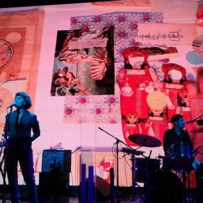 Collage en vivo en el Centro Cultural Kirchner (Laura Cordoba & Sebastián Durán - Rosario Bléfari) Foto: Gastón Bergerot